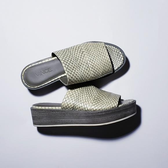 53305770254 Vince Saskia Snakeskin Platform Sandals 6.5 7. M 5c382979aa877089d4b1021b